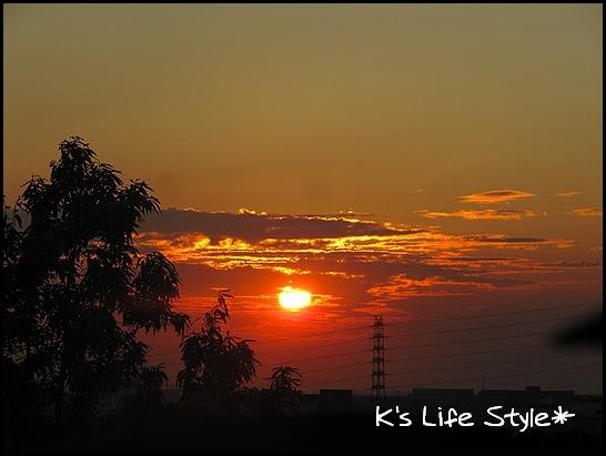秋の夕日.jpg