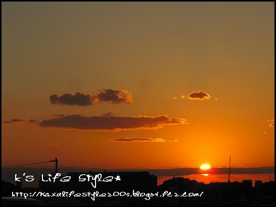 明石海峡に沈む夕日.jpg