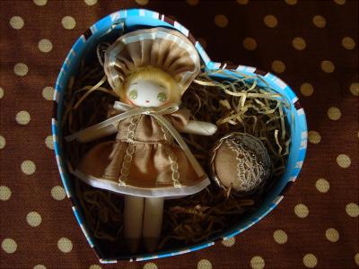 チョコレート文化人形