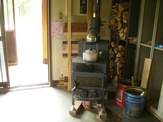 木の素材屋さん薪ストーブ