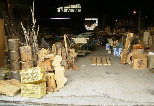 木の素材屋さん工場内1