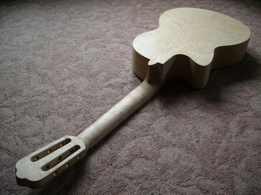 ネック削り仕上げ完了全体 菊ギター第15号