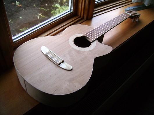 ネック削り終了窓イメージ 菊ギター第15号