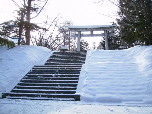 中段鳥居への階段