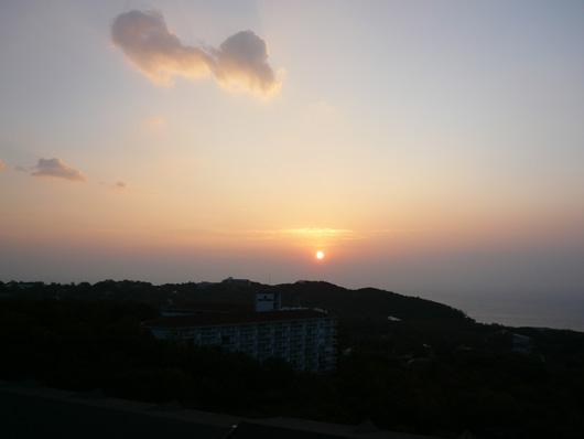 伊豆の朝日1