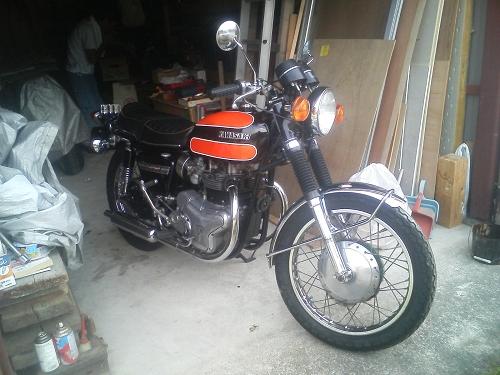 施主バイク