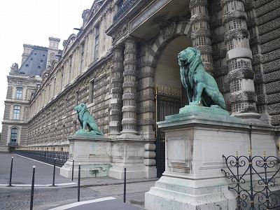 IMGP3885ルーブル美術館ライオン門入口