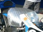 タンクの温度上昇を防ぐためのカバー