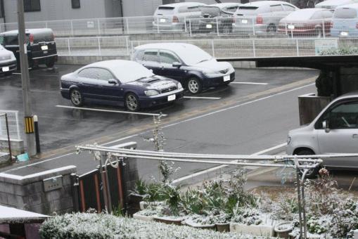 初雪2階からの様子(マイカー)