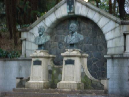 銅像CIMG3220