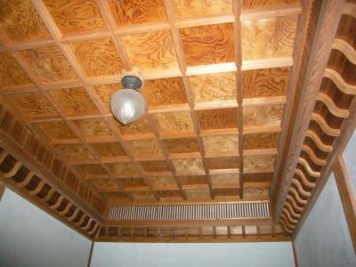 西脇市へ2010.07.31-旧来住家16~お風呂の天井
