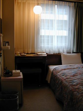 2010.2.19-東京ぶらりひとり旅035センターホテル東京02