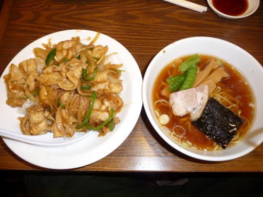 P1150323_南京亭焼肉丼小ラーメンセット_convert_20100330185650