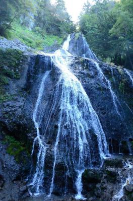 三本滝 右滝