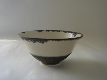 白釉黒金入り飯碗