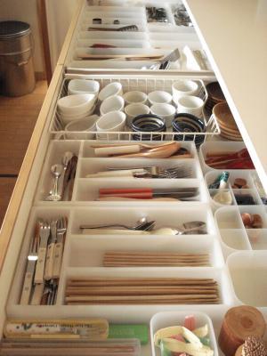 引き出し 収納 仕切り 調理器具 キッチン