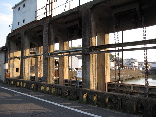 みなと水門③20100403-1