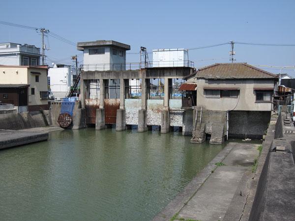 みなと水門②-8_20100404