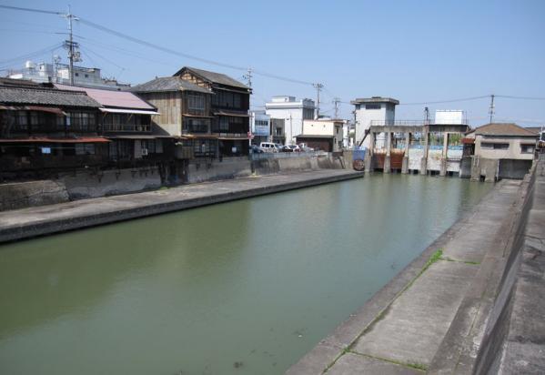 みなと水門②-9_20100404