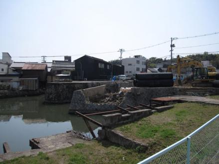 港橋北側工事20100322③