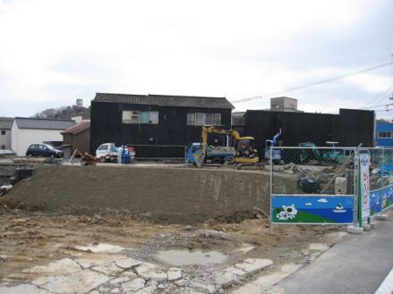 港橋北側工事20100402?-3