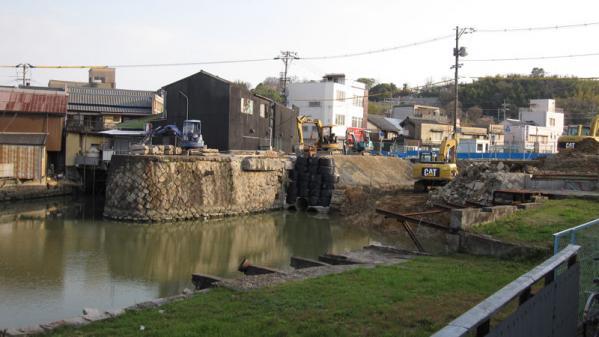 港橋北側工事20100403?-2
