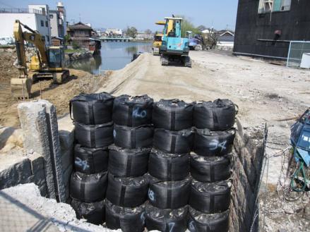 港橋北側工事20100404?-1