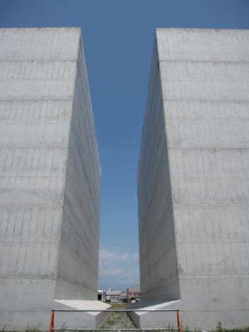 水島港E地区(玉島ハーバーアイランドから)20100816-4