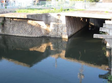 港橋北側工事20090917
