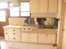 新しいキッチン台