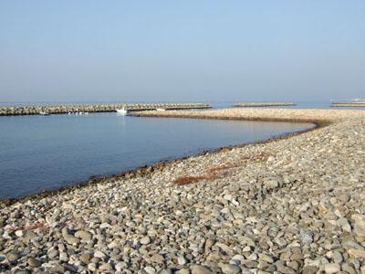 谷八木海岸 石