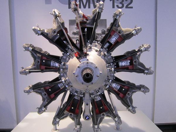 BMW08