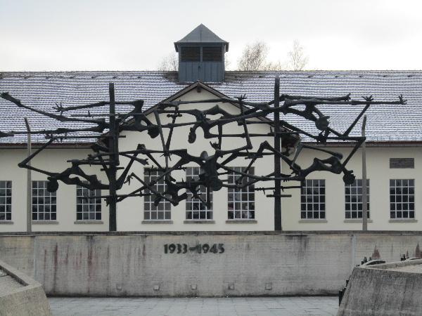 Dachau03