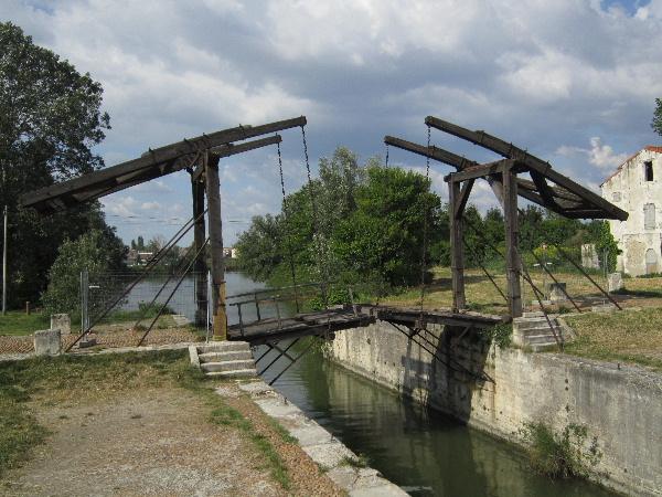 Arles15