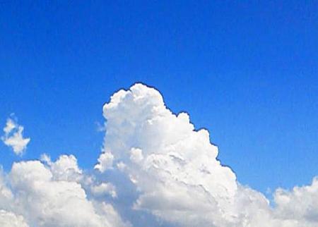 6月の入道雲