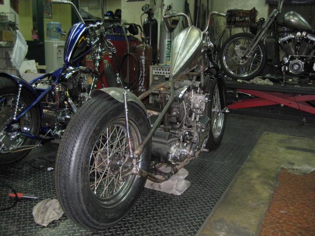 66 FLH Custom 002