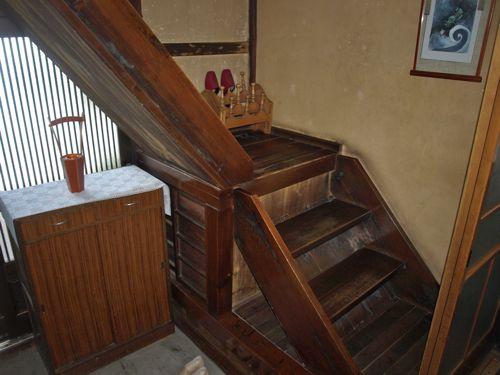 5玄関の階段
