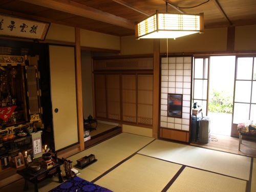 6仏壇の部屋