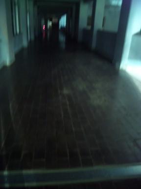 くら~い 廊下