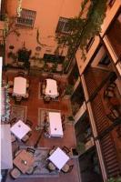 S グラナダ ホテル パティオ