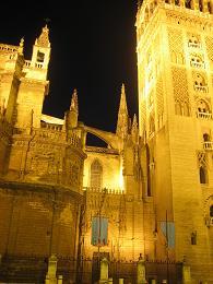 夏休み 夜 セビリア 大聖堂