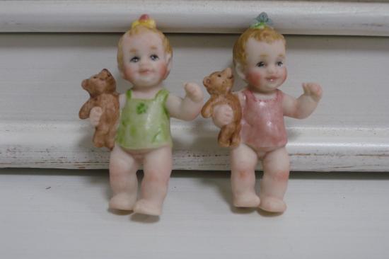 BARE BULL BABY GILS