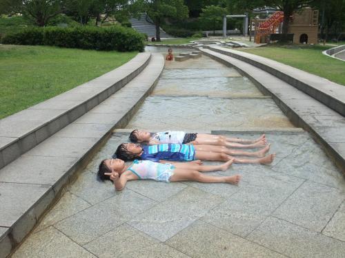 mao summer 2011 060
