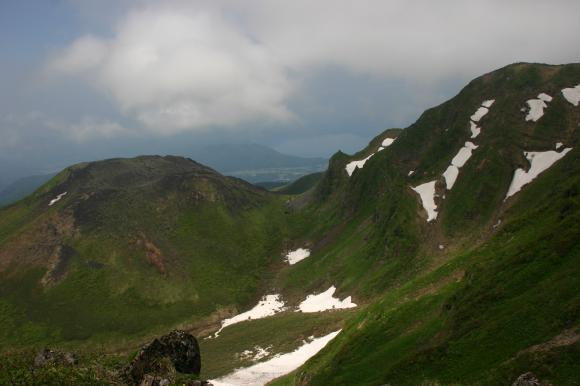 女岳男岳田沢湖1
