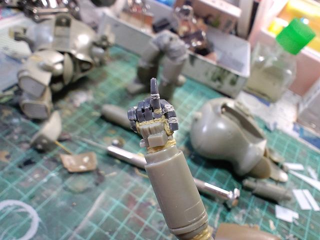模型 002