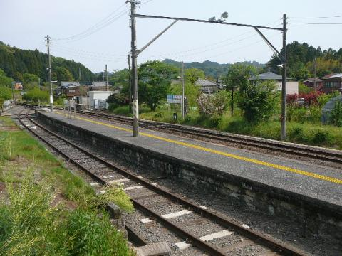 上総亀山駅