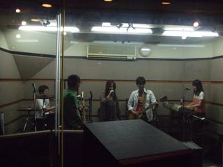 20110605GINTONICスタジオ