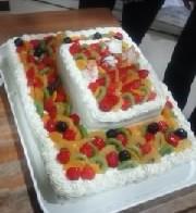 手作りのウェディングケーキ
