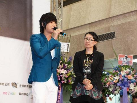 Hyesung-20100725TaiwanFM記者会見_03