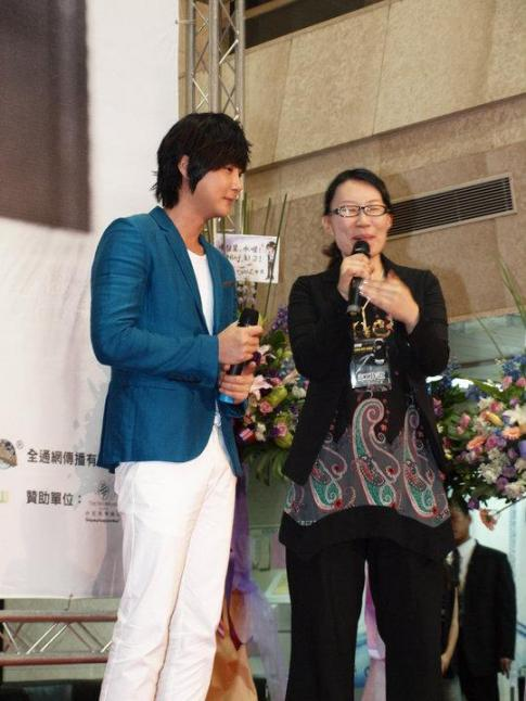 Hyesung-20100725TaiwanFM記者会見_04